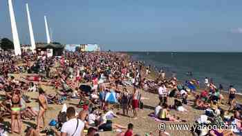 Jam-packed Southend-on-Sea as UK sunseekers escape quarantine during sunny holiday - Yahoo News