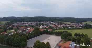 In Istrup rollt der Kunstrasen | Lokale Nachrichten aus Blomberg - Lippische Landes-Zeitung