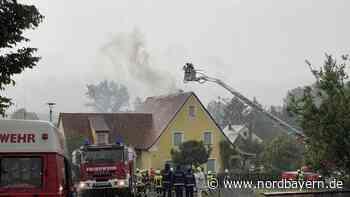 Nach Blitzeinschlag: Dachstuhl in Hallerndorf brannte - Nordbayern.de
