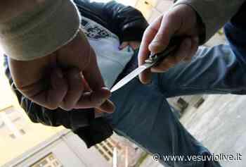 Acerra, lite per una donna finisce nel sangue: 3 accoltellati, uno è grave - Vesuvio Live