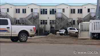 RCMP in Iqaluit say public no longer in danger after armed standoff ends peacefully - CBC.ca