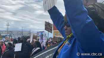 'We don't take this no more': Large crowd gathers in Iqaluit for Black Lives Matter protest - CBC.ca