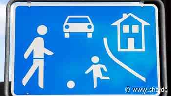 Anwohner beschweren sich: Tangstedt: Schrittgeschwindigkeit in den Straßen Op de Kamp und Bendloh wird nur bedingt beachtet | shz.de - shz.de