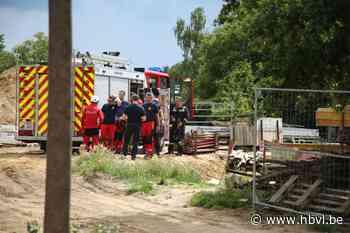 Bouwwerker valt in vijf meter diepe werfput (Kortessem) - Het Belang van Limburg Mobile - Het Belang van Limburg