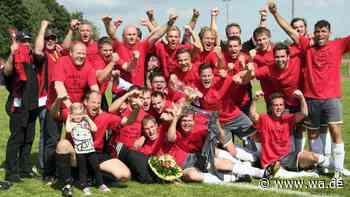 Ekstase im Erlfeld: 2012 stieg der SV Drensteinfurt mit Trainer Ivo Kolobaric in die Fußball-Bezirksliga auf.   Drensteinfurt - Westfälischer Anzeiger