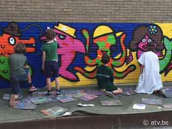 Leerlingen Regina Pacis Hove maken graffitimuur - ATV