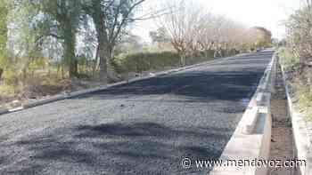 El Sauce: finalizan el asfalto del callejón del Vivero - Mendovoz