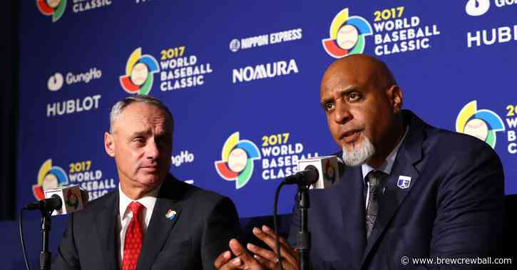 Report: Rob Manfred and Tony Clark hold meeting, new proposal sent to players including full prorated pay and expanded playoffs