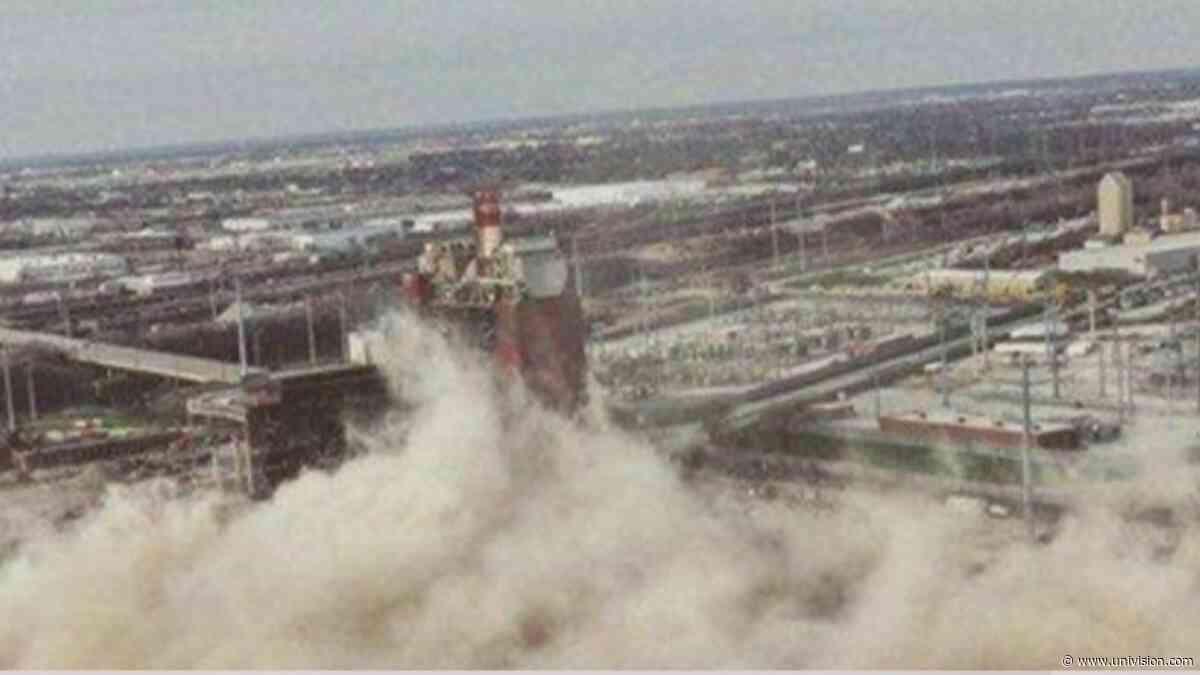 Presentan una nueva ordenanza para evitar demoliciones en Chicago - Univision