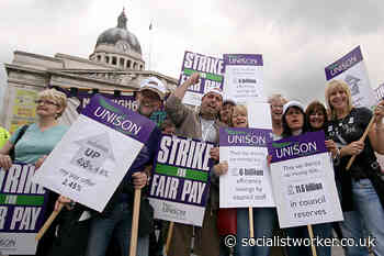 Tower Hamlets strikes called + Reject pay deal + Councils in cash crisis - Socialist Worker