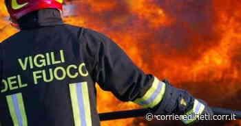 Monterotondo, fiamme vicino ai palazzi. Paura per un incendio nella zona Cappuccini - Corriere di Rieti