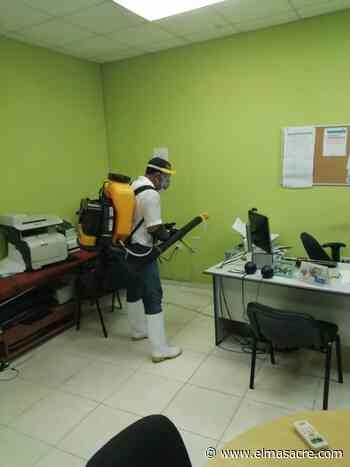 Alcaldía Dajabón realiza desinfección instalaciones del Palacio Municipal y entorno - El Masacre
