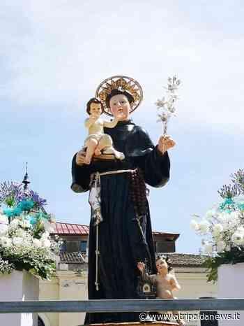 Festeggiamenti Sant'Antonio di Padova, messe in piazza Umberto I ad Atripalda. Foto - Atripalda News