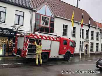 Wolkbreuk zet kelder van nieuw gemeentehuis onder water - Het Nieuwsblad