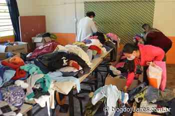 Moradores da Barrinha em São Lourenço do Sul recebem donativos da Campanha do Agasalho - Blog do Juares