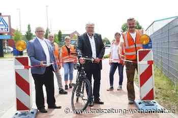 Ortsumgehung auch für Fußgänger und Radler: Jork: Offizielle Einweihung nach einjähriger Bauzeit - Buxtehu - Kreiszeitung Wochenblatt