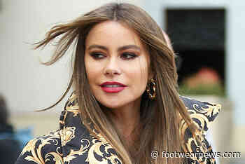 Sofia Vergara Wears 'Sexy' Walmart Skinny Jeans With an Off-the-Shoulder Top & Platform Heels - Footwear News