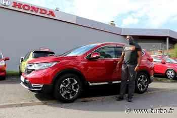 Patrice et sa Honda CRV Hybride chez Garage Du Clos à Linas - Turbo.fr