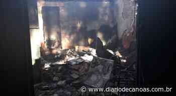 Família pede ajuda depois de perder casa em incêndio em Esteio - Diário de Canoas