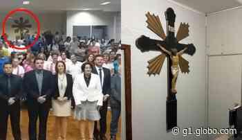 Retirada de crucifixo da Câmara de Pederneiras gera polêmica nas redes sociais: 'Parte histórica da cidade' - G1