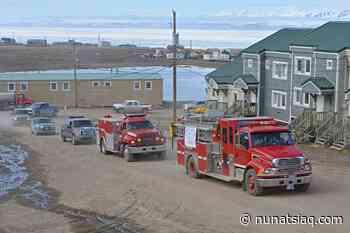 Pond Inlet celebrates graduations with a parade - Nunatsiaq News
