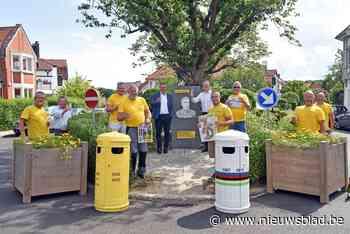 Gemeentewerkers klinken op verjaardag Eddy Merckx