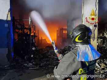 Incendio a Fontanelle, sequestrata area interessata dalle fiamme: indagini in corso - Grandangolo Agrigento