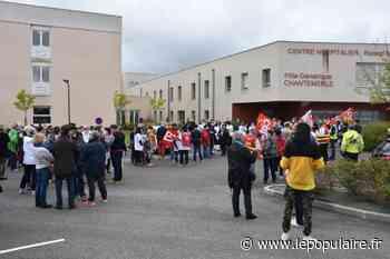 Défense de l'hôpital : 150 personnes rassemblées à Saint-Junien - Saint-Junien (87200) - lepopulaire.fr