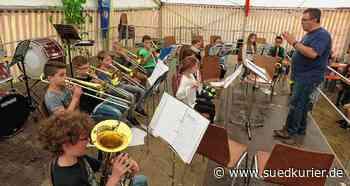 Der Musikverein Kirchen-Hausen muss einen neuen Dirigenten suchen | SÜDKURIER Online - SÜDKURIER Online