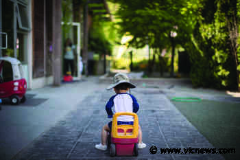 Stranger helps wayward three-year-old View Royal boy find family - Victoria News