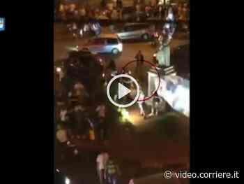 Coppa Italia: spari in piazza a Frattamaggiore durante la festa per la vittoria del Napoli - Corriere TV