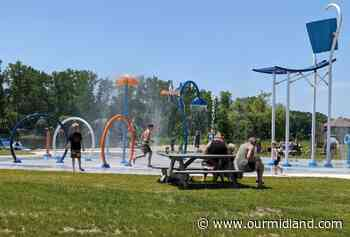 Cooling off at Beaverton's Splash Park - Midland Daily News