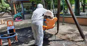 Sanificazione in corso nelle aree giochi per bambini di Monterotondo - Corriere di Rieti