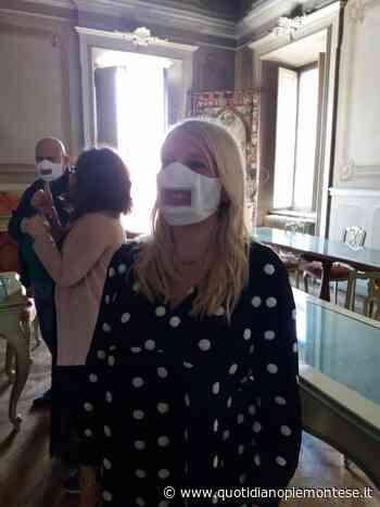 A Chieri presentata una mascherina per permettere ai non udenti di leggere le labbra - Quotidiano Piemontese