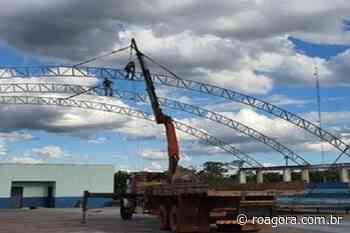 Prefeitura de Pimenta Bueno inicia construção de quadra esportiva na escola Nair Barros - Roagora
