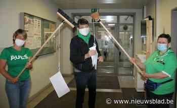 Betogen met borstels: in dit ziekenhuis verloopt pamfletacti... (Poperinge) - Het Nieuwsblad