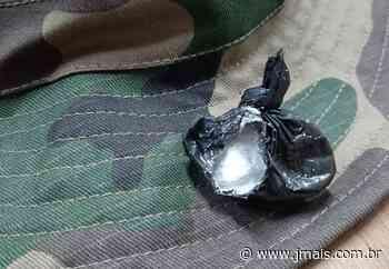 Polícia Ambiental localiza bucha de cocaína com homem no interior de Canoinhas - JMais