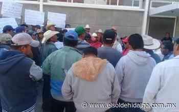 Campesinos se manifiestan en CONAGUA Mixquiahuala - El Sol de Hidalgo