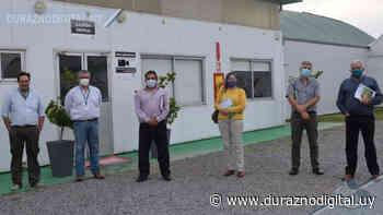 Duraznenses recorrieron vivero de Guichón para saber cómo será el que UPM construirá en Sarandí del Yí - duraznodigital.uy