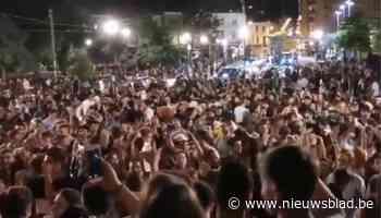 """Burgemeester Elsene wil geen herhaling meer van samenscholing op Flagey-plein: """"Geen evenement wordt nog getolereerd"""""""
