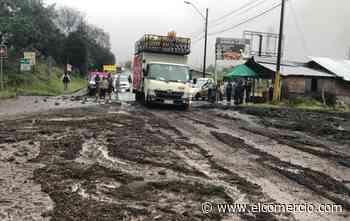 Deslizamientos de tierra afectaron las vías Baños-Puyo y Cahuají-Cotaló-Riobamba - El Comercio (Ecuador)