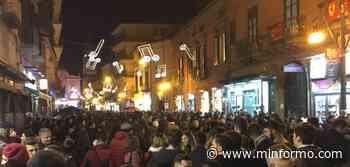 Movida selvaggia a Frattamaggiore, nei pressi di Via Roma - Minformo