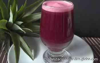 Como fazer pink latte, bebida de beterraba com canela e gengibre - Casa e Jardim