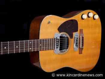 Kurt Cobain guitar breaks records at auction - Kincardine News