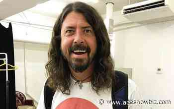 Dave Grohl and Paul McCartney to Rock Out With Jazz Band at Livestream Event - AceShowbiz Media