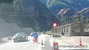 """Agordo. Senso unico a La Stanga: auto in coda per 12 km. """"Non è ammissibile"""" - Corriere Delle Alpi"""