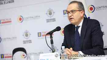 Por presuntas irregularidades en contratos, llaman a audiencia al alcalde de... - Noticias Día a Día