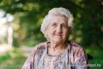 SP.A Eeklo neemt afscheid van boegbeeld Angela Van Vooren (95)