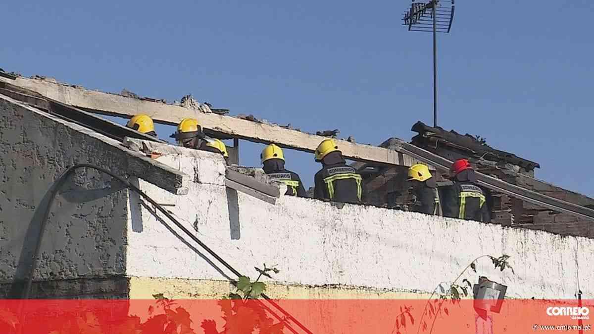 Incêndio deixa casal desalojado em Oliveira do Bairro - Correio da Manhã