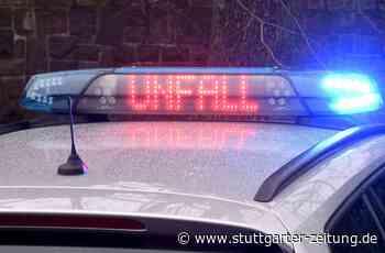 Unfall bei Besigheim - Mann fährt seinen Ford zu Schrott - Stuttgarter Zeitung